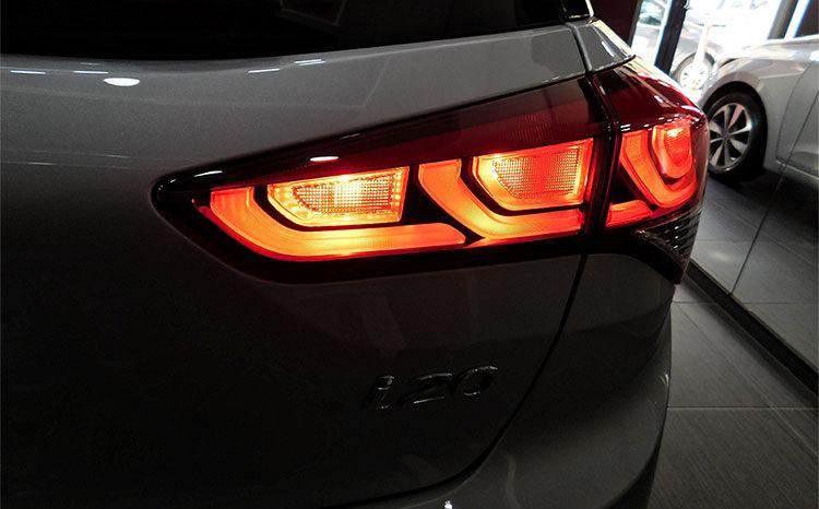 Hyundai i20 1.4 Automatica 100cv 5p Style completo