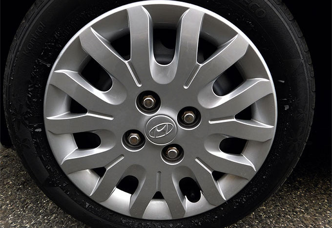 Hyundai i10 1.1 12V Comfort completo