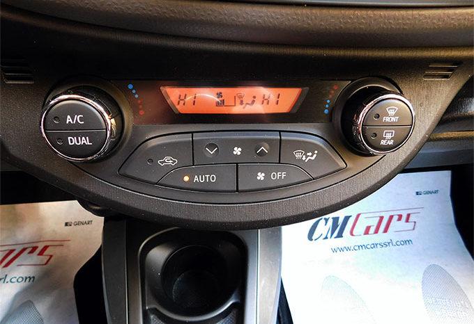 Toyota Yaris 1.0 69cv 5p Lounge completo
