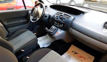 Renault Scenic 1.5 dCi 82CV Dynamique completo