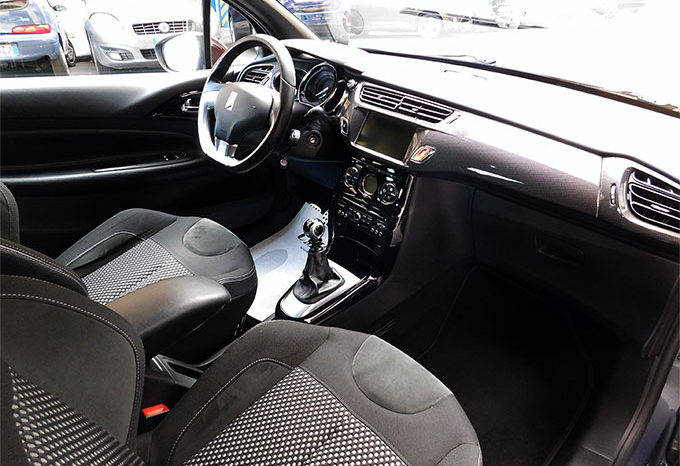 DS 3 1.6 THP 155cv Sport Chic completo